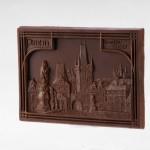 Prague – Charles' Bridge. Dessert chocolate 55%, size ca. 100x145x10 mm, weight ca. 95 g.