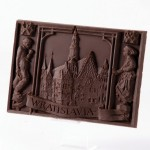 Wrocław – town hall. Dessert chocolate 55%, size ca. 100x145x10 mm, weight ca. 155 g.